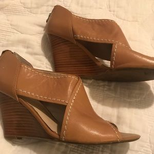 Franco sarto 8&1/2 leather wedges